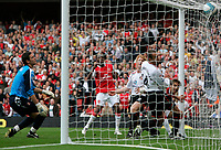 Photo: Tom Dulat.<br /> Arsenal v Sunderland. The FA Barclays Premiership. 07/10/2007.<br /> Goal by Abou Diaby(L) of Arsenal has been cancelled by referee, goalkeeper of Sunderland Craig Gordon