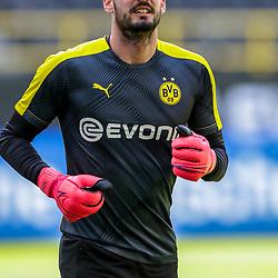 Roman Buerki (Borussia Dortmund, #1); 1. Fussball-Bundesliga; Borussia Dortmund - TSG Hoffenheim am 27.06.2020 im Signal-Iduna-Park in Dormund (Nordrhein-Westfalen). <br /> <br /> FOTO: BEAUTIFUL SPORTS/WUNDERL/POOL/PIX-Sportfotos<br /> <br /> DFL REGULATIONS PROHIBIT ANY USE OF PHOTOGRAPHS AS IMAGE SEQUENCES AND/OR QUASI-VIDEO. <br /> <br /> EDITORIAL USE OLNY.<br /> National and<br /> international NewsAgencies OUT.<br /> <br /> <br /> <br /> Foto © PIX-Sportfotos *** Foto ist honorarpflichtig! *** Auf Anfrage in hoeherer Qualitaet/Aufloesung. Belegexemplar erbeten. Veroeffentlichung ausschliesslich fuer journalistisch-publizistische Zwecke. For editorial use only. DFL regulations prohibit any use of photographs as image sequences and/or quasi-video.