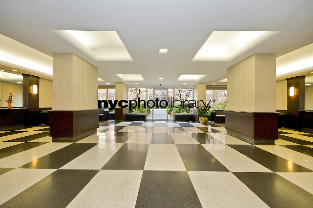 Lobby at 345 West 58th St