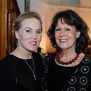 NLD/Loosdrecht/20130305 - Opname EO Mattheus Passion Masterclass 2013, Actrice en zangeres Hadewych Minis en haar moeder