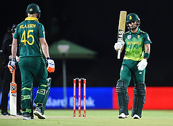 Cape Town-181006-South African batsman Reeza Hendricks  celebrates his 50  against Zimbabwean  in the 3rd ODI match at Boland Park cricket stadium. .Photographer:Phando Jikelo/African News Agency(ANA)