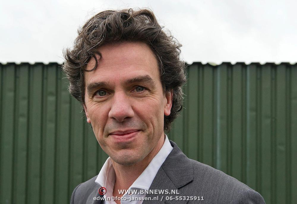 Amsterdam, 01-02-2014. Pieter Hilhorst (7 maart 1966) is een Nederlands politicus, politicoloog en publicist. Sinds 28 november 2012 is hij wethouder (PvdA) van financiën, onderwijs en jeugdzorg van Amsterdam, als opvolger voor Lodewijk Asscher die sinds 5 november 2012 minister van Sociale Zaken en Werkgelegenheid en vicepremier is in het kabinet-Rutte II. Als publicist schreef hij columns voor de Volkskrant en was programmamaker en ombudsman bij de VARA.