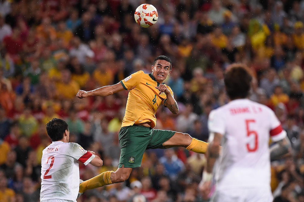 BRISBANE, AUSTRALIA - JANUARY 22:  Tim Cahill of Australia heads the ball into the goal during the 2015 Asian Cup match between China PR and the Australian Socceroos at Suncorp Stadium on January 22, 2015 in Brisbane, Australia.  (Photo by Matt Roberts/Getty Images)