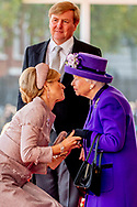 23-10-2018 -  LONDON - King Willem Alexander and Queen Maxima are welcomed by Queen Elizabeth at the welcome ceremony at the Horse Guards Parade at the start of a two-day state visit to the United Kingdom.  COPYRIGHT ROBIN UTRECHT