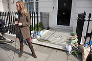 "London, UK. Monday 8th April 2013. Media gather at the London residence on Chester Square of Baroness Margaret Thatcher following the announcement of her death. Maggie Thatcher (87), aka the ""Iron Lady"" dominated British politics for 20 years, died peacefully on 8/4/13 following a stroke."