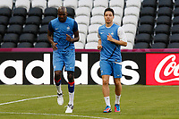 FOOTBALL - UEFA EURO 2012 - DONETSK - UKRAINE - GROUP STAGE - GROUP D - FRANCE TRAINING AND PRESS CONFERENCE - 10/06/2012 - PHOTO PHILIPPE LAURENSON / DPPI - ALOU DIARRA, SAMIR NASRI