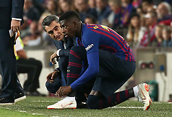 October 20, 2018 - Barcelona, Catalonia, Spain - Ernesto Valverde and Ousmane Dembele during the match between FC Barcelona and Sevilla CF, corresponding to the week 9 of the Liga Santander, played at the Camp Nou, on 20th October 2018, in Barcelona, Spain. (Credit Image: © Joan Valls/NurPhoto via ZUMA Press)