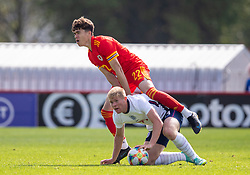 NEWPORT, WALES - Friday, September 3, 2021: Wales' Morgan Wigley (L) and England's Lewis Hall during an International Friendly Challenge match between Wales Under-18's and England Under-18's at Spytty Park. (Pic by David Rawcliffe/Propaganda)
