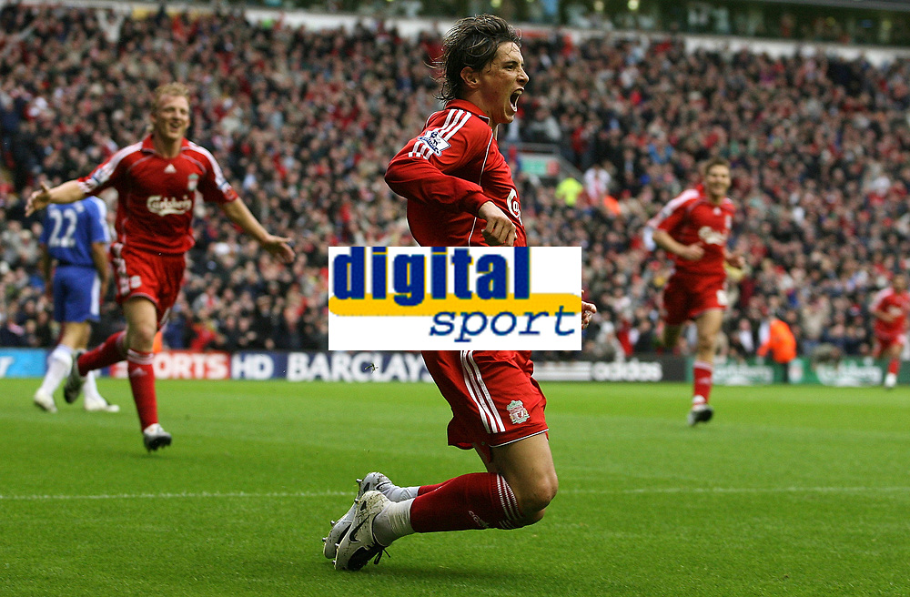 Photo: Paul Thomas.<br /> Liverpool v Chelsea. The FA Barclays Premiership. 19/08/2007.<br /> <br /> Goal scorer Fernando Torres celebrates his goal with team-mates.