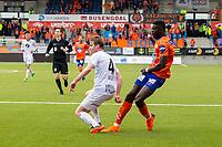 1. divisjon fotball 2018: Aalesund - Mjøndalen. Aalesunds Pape Gueye (t.h.) i duell med William Sell i foranledningen til 2-1 scoringen i førstedivisjonskampen i fotball mellom Aalesund og Mjøndalen på Color Line Stadion.