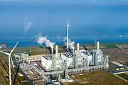 Nederland, Groningen, Eemshaven, 04-11-2018; energielandschap aan de Eemshaven de Magnum energiecentrale van Nuon. De stoom- en gascentrale bestaat uit drie STEG eenheden.<br /> Energy landscape at the Eemshaven with Magnum power plant from Nuon. The steam and gas plant consists of three STEG units.<br /> luchtfoto (toeslag op standaard tarieven);<br /> aerial photo (additional fee required);<br /> copyright© foto/photo Siebe Swart