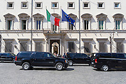 Il presidente del Consiglio, Matteo Renzi, riceve a Palazzo Chigi il vice presidente degli Stati Uniti, Joe Biden.. Roma 29 aprile 2016. Christian Mantuano / OneShot<br /> <br /> The the Prime Minister, Matteo Renzi, receives at Palazzo Chigi, Joe Biden. Rome April 29, 2016. Christian Mantuano / OneShot