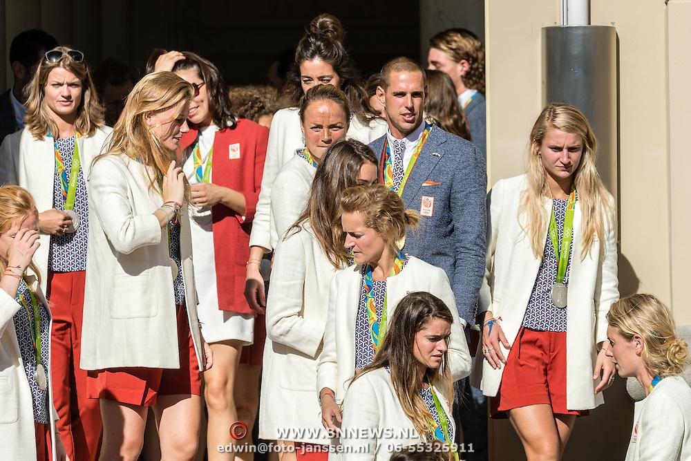 NLD/Den Haag/20160824 - Huldiging sporters Rio 2016, oa. Dorian van Rijsselberghe, Maartje Paumen, Naomi van As en Daphne Schippers