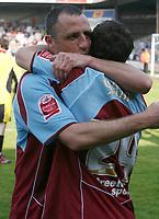 Photo: Steve Bond.<br />Scunthorpe United v Carlisle United. Coca Cola League 1. 05/05/2007. Skipper Andy Crosby (R) congratulates Billy Sharp
