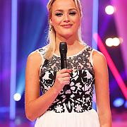 NLD/Hilversum/20130101 - 1e Liveshow Sterren dansen op het IJs 2013, Tess Milne