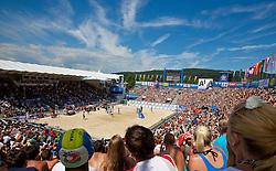 05-08-2011 VOLLEYBAL: FIVB WORLD TOUR GRANDSLAM: KLAGENFURT<br /> Simmung Centercourt<br /> ©2011-FotoHoogendoorn.nl / Gert Steinthaler