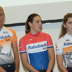 13-01-2016: Wielrennen: Presentatie Rabo wielerploegen: Papendal<br />PAPENDAL (NED) wielrennen<br />Het Rabobank-Liv vrouwenteam en het Developmentteam werden op Papendal voorgesteld. Monique Tenniglo, Lucinda Brand, Yara Kasteleijn