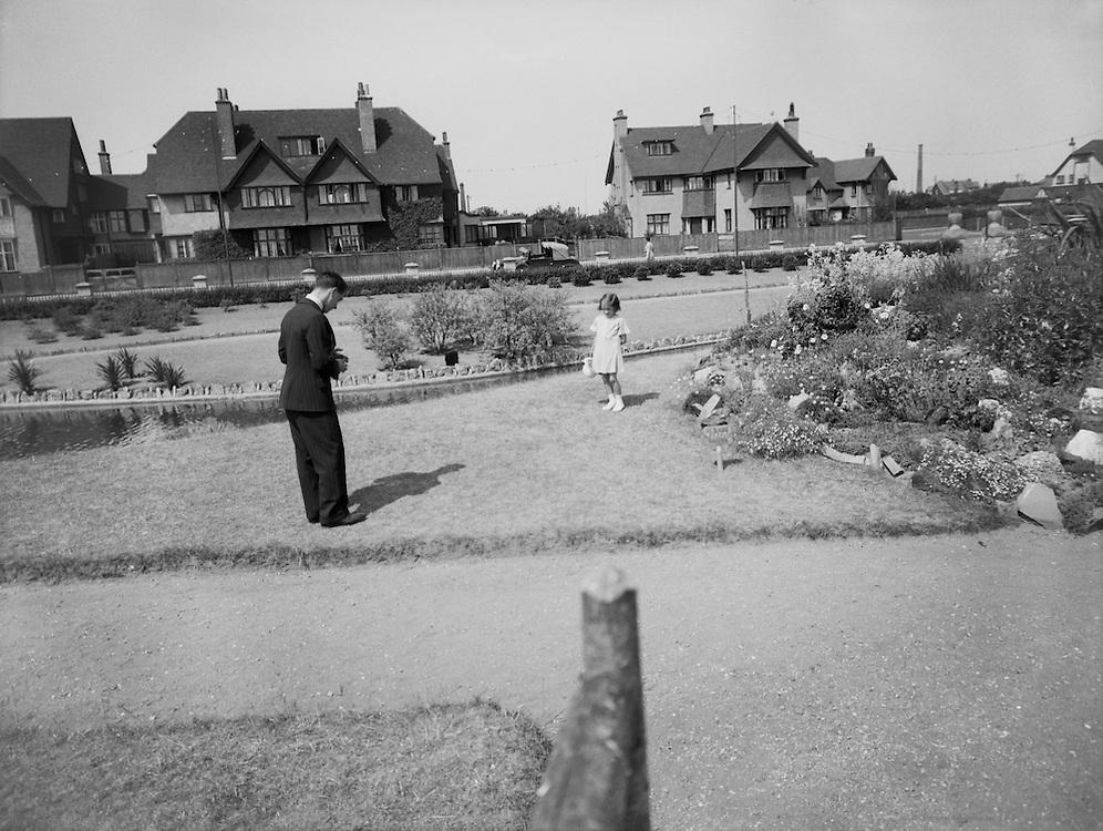 Snapshots at Great Tarmouth, Norfolk, England, 1925