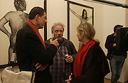 David Bailey with Mr. and Mrs. Anthony Gormley, Bailey's Democracy, Photographs by Daivid Bailey. Faggionato Fine Arts. 13 December 2005. ONE TIME USE ONLY - DO NOT ARCHIVE  © Copyright Photograph by Dafydd Jones 66 Stockwell Park Rd. London SW9 0DA Tel 020 7733 0108 www.dafjones.com