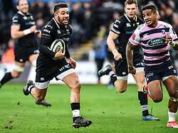 Ospreys' Rhys Webb makes a break<br /> <br /> Photographer Craig Thomas/Replay Images<br /> <br /> Guinness PRO14 Round 13 - Ospreys v Cardiff Blues - Saturday 6th January 2018 - Liberty Stadium - Swansea<br /> <br /> World Copyright © Replay Images . All rights reserved. info@replayimages.co.uk - http://replayimages.co.uk