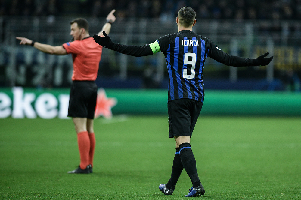 Forward Mauro Icardi (Inter) gestures to the referee during the UEFA Champions League football match, Inter Milan vs PSV Eindhoven at San Siro Meazza Stadium in Milan, Italy on 11 December 2018