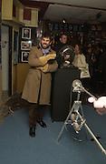 Paul Fryer, Opening of  Santa's Ghetto. Mixed art exhibition.  9 Berwick St. Soho, London. 30  November 2005. ONE TIME USE ONLY - DO NOT ARCHIVE  © Copyright Photograph by Dafydd Jones 66 Stockwell Park Rd. London SW9 0DA Tel 020 7733 0108 www.dafjones.com