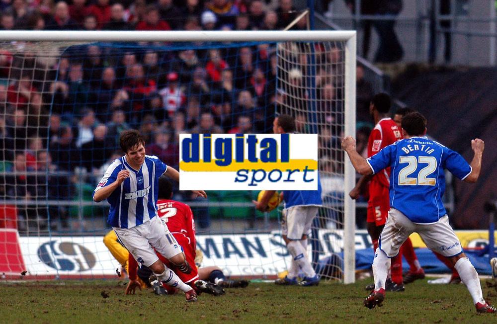 Photo: Alan Crowhurst.<br />Brighton & Hove Albion v Nottingham Forest. Coca Cola League 1. 17/02/2007. Brighton's Dean Hammond (L) scores from a free kick 1-1.