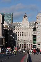 house of fraser department store in london bridge