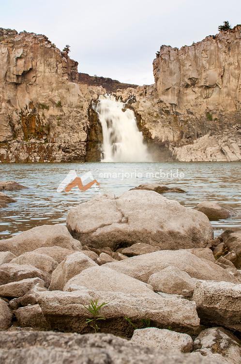 Scenic view of the Twin Falls waterfall, in Twin Falls, Idaho.