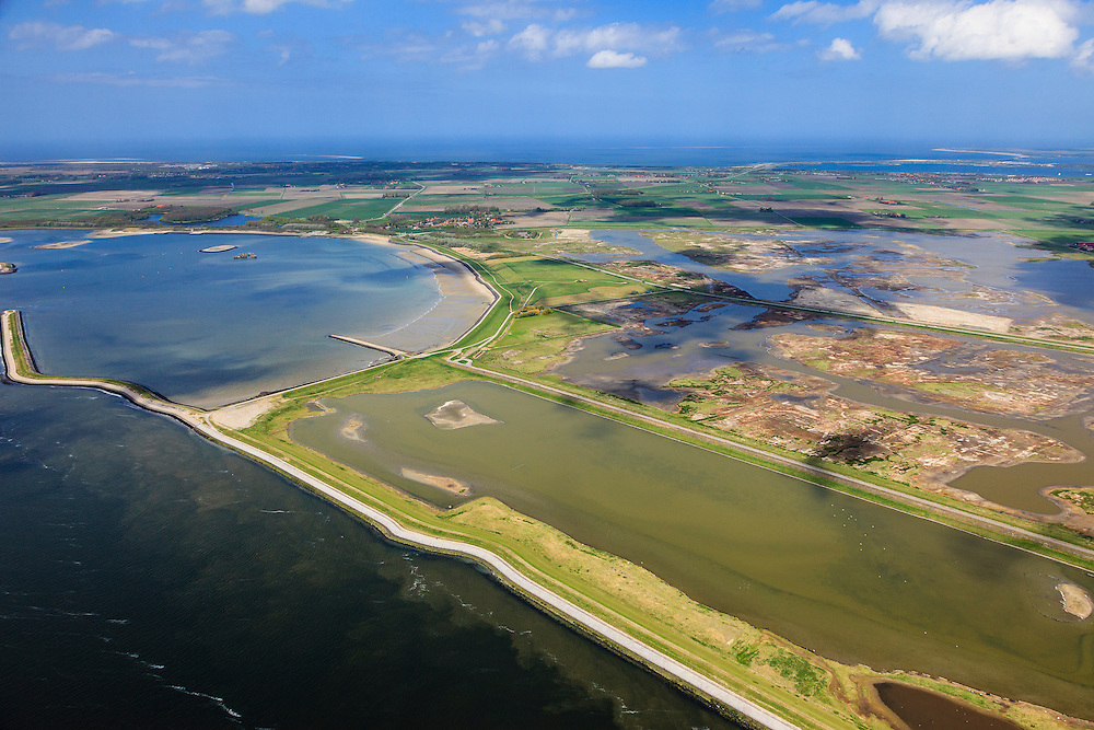 Nederland, Zeeland, Oosterschelde, 09-05-2013; inlagen ten zuiden van Serooskerke. Landinwaarts zijn polders onder water gezet in het kader van Plan Tuureluur. Links de Oosterschelde.<br /> Nationaal Park De Oosterschelde<br /> Land between the inner (original) dike and the sea dike near Serooskerke. Inland polders are inundated under the nature development project Tureluur. Oosterschelde left.luchtfoto (toeslag op standard tarieven);<br /> aerial photo (additional fee required);<br /> copyright foto/photo Siebe Swart.