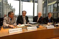 01 DEC 2004, BERLIN/GERMANY:<br /> General Wolfgang Schneiderhan, Generalinspekteur der Bundeswehr, Walter Kolbow, SPD, Parl. Staatssekretaer im BMVg, Peter Struck, SPD, Bundesverteidigungsminister, und Reinhold Robbe, MdB, SPD, Vorsitzender des Verteidigungsauschusses, (v.L.n.R.), im Gespraech, vor Wiederaufnahme einer Sitzung des Verteidigungsauschusses des Deutschen Bundestages, Paul-Loebe-Haus <br /> IMAGE: 20041201-01-085<br /> KEYWORDS: Gespräch