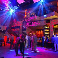 (PFEATURES) Atlantic City 10/23/2003  Insid of Club MIXX in the Borgata Hotel and Casino.  Michael J. Treola Staff Photographer....MJT