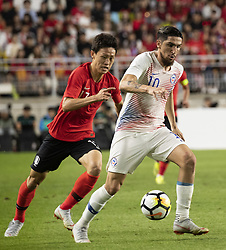 SUWON, Sept. 12, 2018  Lee Jaesung (L) of South Korea vies with Diego Valdes of Chile during a friendly soccer match between South Korea and Chile at Suwon World Cup Stadium in Suwon, South Korea, on Sept. 11, 2018. The match ended with a 0-0 draw. (Credit Image: © Lee Sang-Ho/Xinhua via ZUMA Wire)