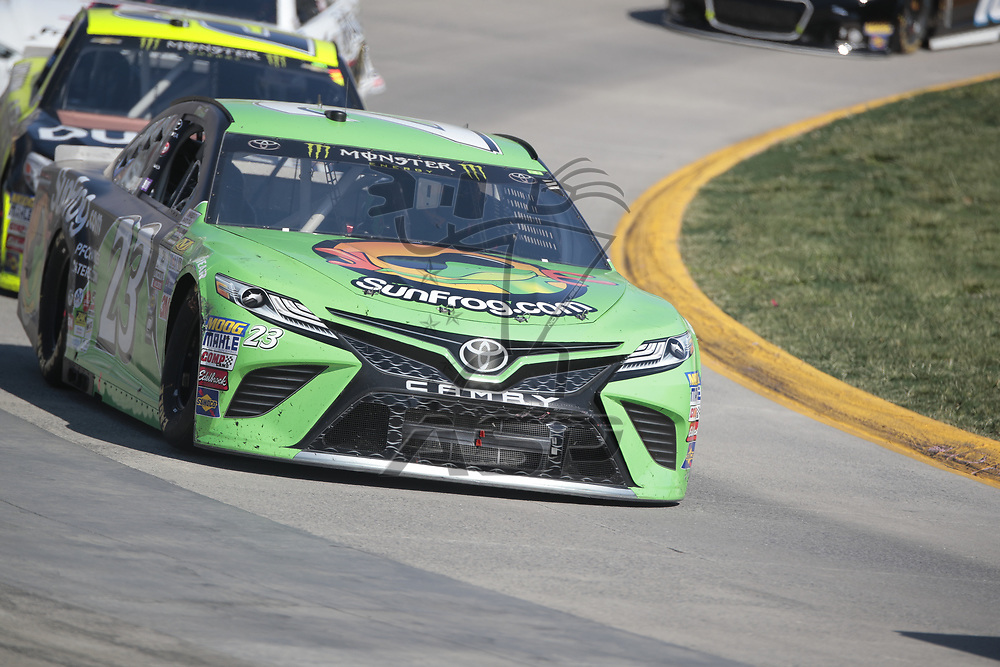 April 02, 2017 - Martinsville, Virginia, USA:  The Monster Energy Cup Series teams take to the track for the STP 500 at Martinsville Speedway in Martinsville, Virginia.
