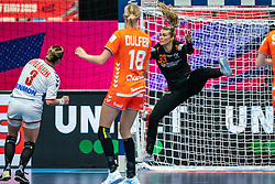 Tess Wester of Netherlands, Katarina Krpez - Slezak of Serbia in action during the Women's EHF Euro 2020 match between Netherlands and Serbia at Sydbank Arena on december 05, 2020 in Kolding, Denmark (Photo by RHF Agency/Ronald Hoogendoorn)