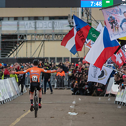 20190201: UCI CX Worlds : Dübendorf: Ryan Kamp celebrating his victory