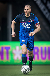 Ron Vlaar of AZ during the Dutch Eredivisie match between Heracles Almelo and AZ Alkmaar at Polman stadium on April 13, 2018 in Almelo, The Netherlands