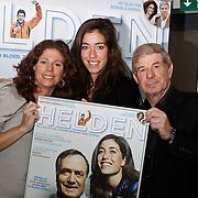 NLD/Amsterdam/20100310 - Presentatie van de 4de editie van het blad Helden, Frits Barend en dochter Barbara en Naomi van As