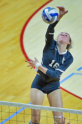 BLOOMINGTON, IL - October 12: Ally Cummings during a college Women's volleyball match between the ISU Redbirds and the Valparaiso Crusaders on October 12 2018 at Illinois State University in Bloomington, IL. (Photo by Alan Look)