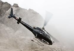 12.08.2010, Lienzer Dolomiten, Osttirol, AUT, Helicopter,  AS 350B Ecureuil, im Bild ein Helcopter/ Hubschrauber der Marke Aérospatiale AS 350B Ecureuil mit der Kennnummer OE-XIH, der Firma Heli Austria im Flug in den Lienzer Dolomten, das Bild wurde am 12.09.2009 im Zuge des Red Bull Dolomitenmannes aufgenommen, EXPA Pictures © 2010, PhotoCredit: EXPA/ J. Feichter / SPORTIDA PHOTO AGENCY