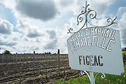 sign ch gd barrail lamarzelle figeac saint emilion bordeaux france