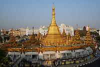Myanmar (ex Birmanie), Yangon (Rangoon), Paya Sule // Myanmar (Burma), Yangon (Rangoon), Paya Sule