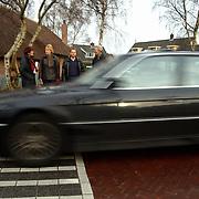 Actiegroep bewoners Melkweg willen veiliger weg Huizen