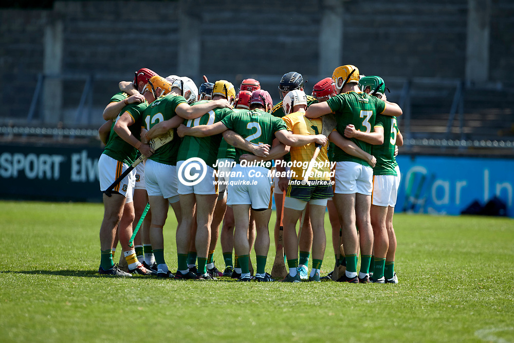 17-07-21, Joe McDonagh Cup Relegation play-off at Parnell Park.<br /> Meath v Kildare<br /> The Meath hurlers huddle before the start of the Joe McDonagh Cup relegation play-off against Kildare<br /> Photo: David Mullen / www.quirke.ie ©John Quirke Photography, Proudstown Road Navan. Co. Meath. 046-9079044 / 087-2579454.<br /> ISO: 400; Shutter: 1/1600; Aperture: 5;