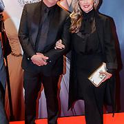 NLD/Amsterdam/20181022 - Inloop premiere Evita, Brigit Nijman en partner Robert Veuger