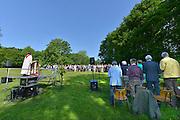 Nederland, Zetten, 25-5-2015Op landgoed kasteelpark Hemmen werd voor de 13e keer een openluchtmis gehouden. De oecumenische openlucht pinksterviering.FOTO: FLIP FRANSSEN/ HOLLANDSE HOOGTE