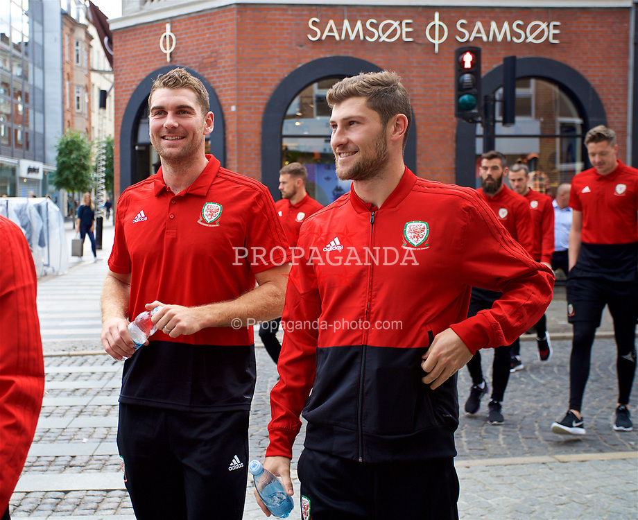 AARHUS, DENMARK - Sunday, September 9, 2018: Wales' Sam Vokes and Ben Davies during a pre-match walk in Aarhus ahead of the UEFA Nations League Group Stage League B Group 4 match against Denmark. (Pic by David Rawcliffe/Propaganda)