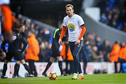 Harry Kane of Tottenham Hotspur warms up - Mandatory by-line: Jason Brown/JMP - 05/03/2017 - FOOTBALL - White Hart Lane - London, England - Tottenham Hotspur v Everton - Premier League
