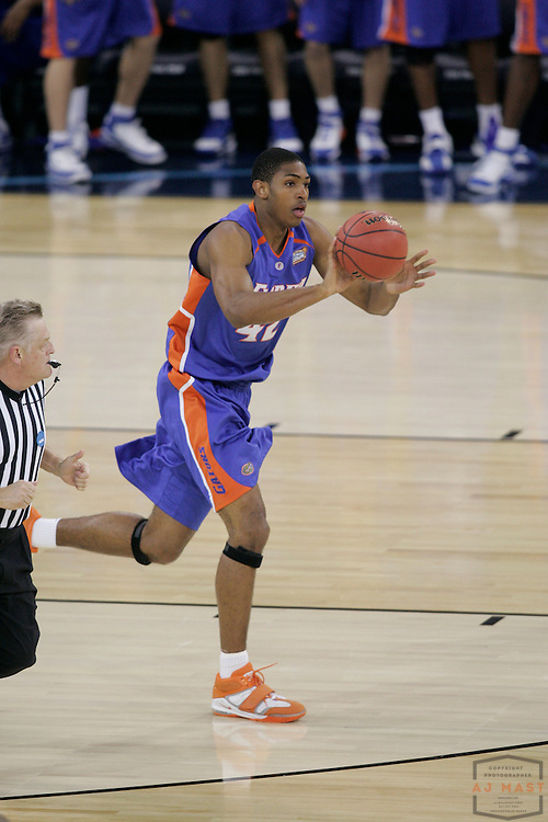 03 April 2006: Florida's Al Horford (42) as the Florida Gators beat the UCLA Bruins 73-57 in the title game of the NCAA Tournament in Indianapolis.