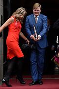 Uitreiking Prins Claus Prijs 2016 in het Koninklijk Paleis in Amsterdam.<br /> <br /> Op de foto:  Koning Willem-Alexander en Koningin Maxima  ////   King Willem Alexander and Queen Maxima